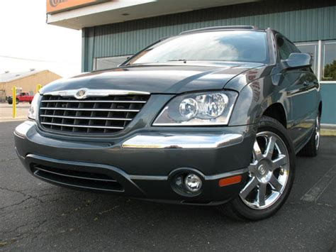 2003 Chrysler Pacifica Pictures