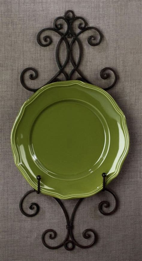 incorporate plates   interior designs