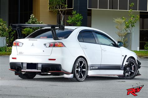 Mitsubishi Lancer Evo X Price by Resident Mitsubishi Lancer Evolution X