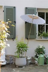 Welche Farbe Für Außenfassade : die besten 17 ideen zu fensterl den auf pinterest au enfensterl den au en klappen und zeder ~ Sanjose-hotels-ca.com Haus und Dekorationen