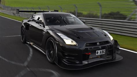 hp nissan gt   attempt nurburgring record  year