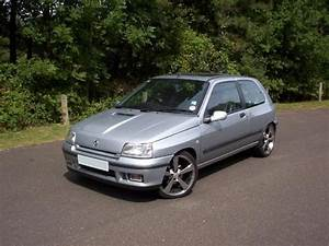 Silvervalver 1995 Renault Clio Specs  Photos  Modification