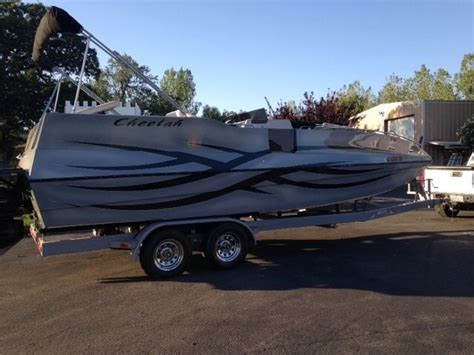 Cheetah Boats by Cheetah Cat Deck Boat 2007 For Sale For 32 000