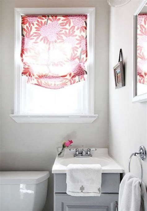 Small Bathroom Window Curtains by Best 25 Small Window Curtains Ideas On Small