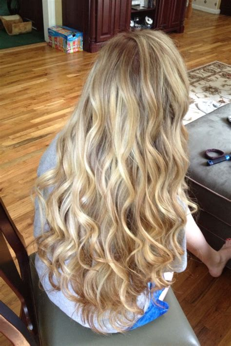 pin  erin carroll  hair beauty curls  long hair curled hairstyles loose curls
