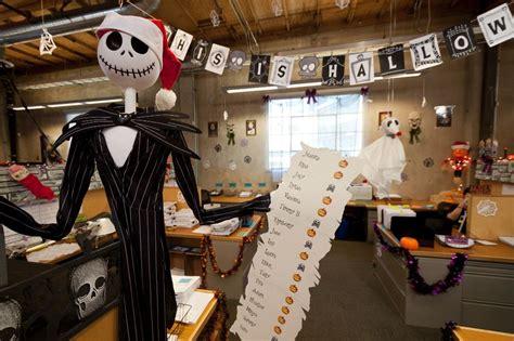 spooky office decoration ideas