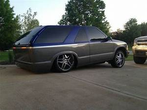 Find Used 2001 S10 Blazer With Air Ride In New Lenox