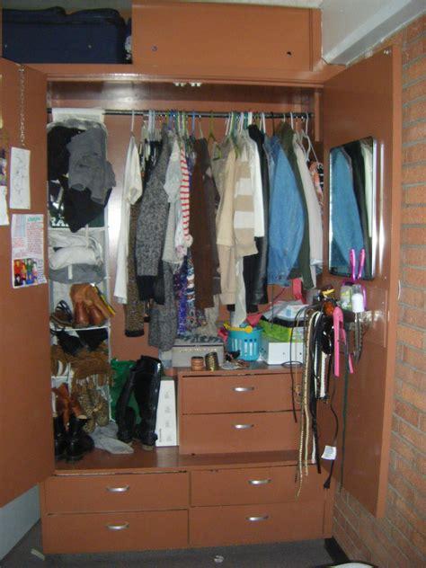 dorm life  csu maximizing  space   rooms
