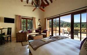 7 Bed Villa with Indoor Pool in El Madronal - Luxury Villa