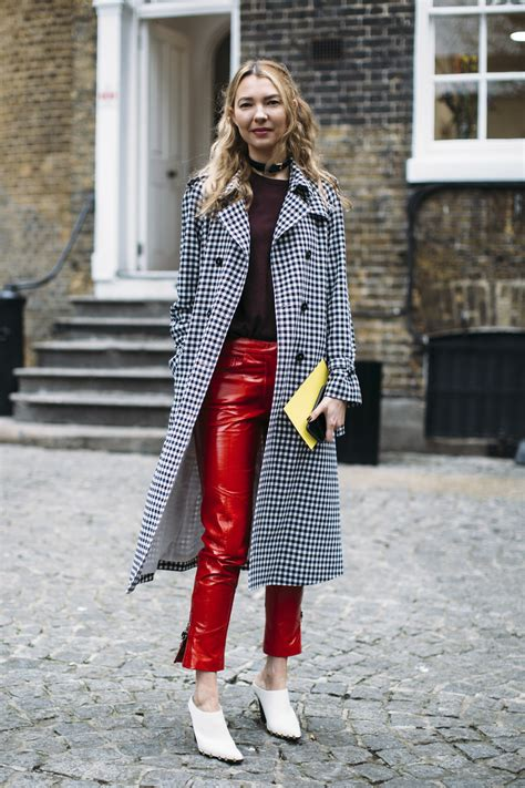 Best Street Style Looks of LFW Fall 2017 | The Fashion Medley