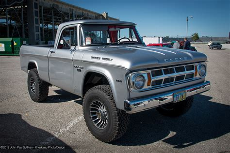 1968 Dodge Pickup   Information and photos   MOMENTcar