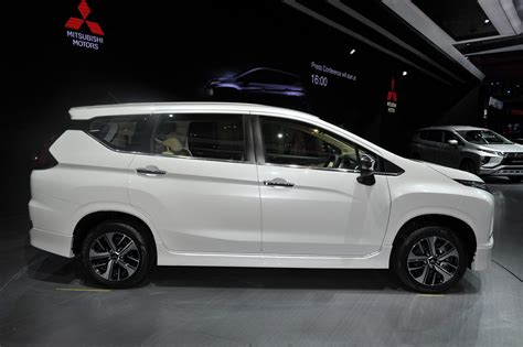 Mitsubishi Xpander Picture by Mitsubishi Xpander At Giias 2017 Live Right Side View