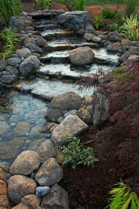 Wasserfall Im Garten  25 Wunderschöne Ideen Archzinenet