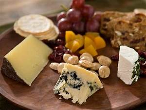 How to Set up a Cheese Platter : Recipes and Cooking