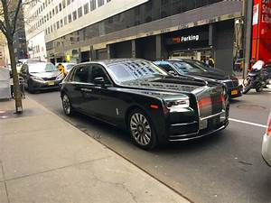 Rolls-Royce Phantom luxury limo first drive review ...