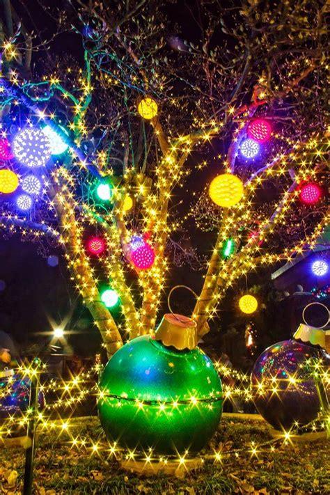 saint louis zoo christmas lights the ultimate missouri road trip for christmas light displays