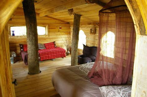 cabane dans chambre chambres d 39 hôtes gîtes de 3 épis dans les arbres