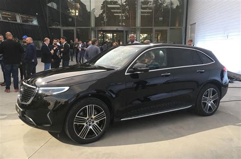 mercedes benz eqc  electric suv revealed