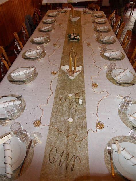 idee decoration de table noces dor en  grand dad