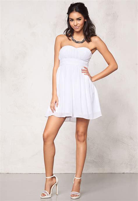 Dress Lita Hijau model behaviour lita dress white bubbleroom
