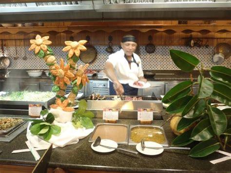 travail femme de chambre cuisinier du buffet du soir