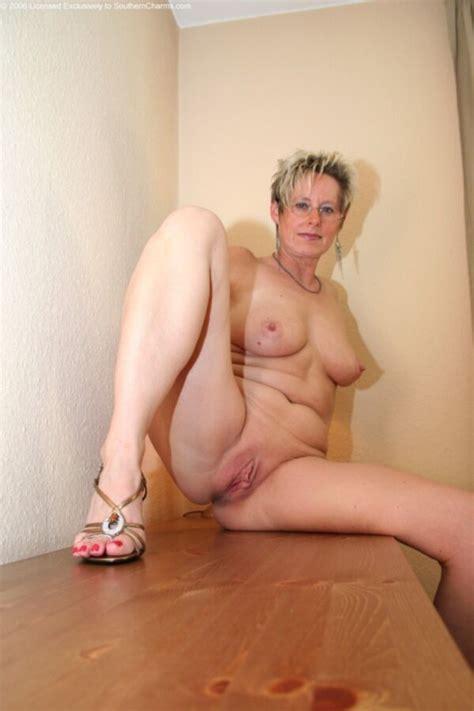 Michaela Mature Porn Photo