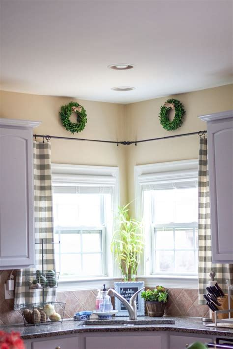 For Kitchen Window Treatments by 1000 Ideas About Kitchen Window Treatments On