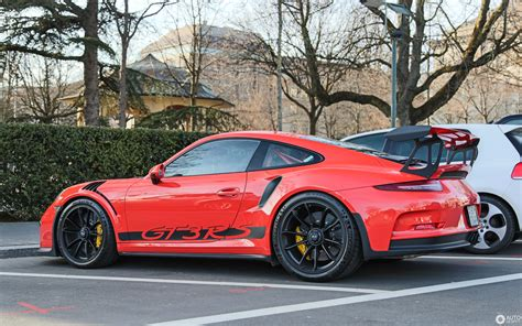 porsche  gt rs  november  autogespot