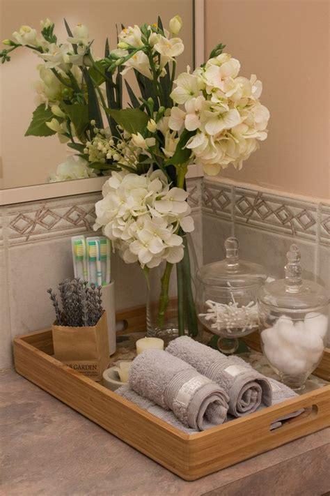 bathroom towels decoration ideas best 25 bathroom staging ideas on bathroom
