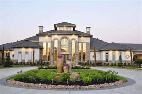 custom home contractor  houston robert scott homes