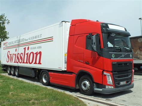 volvo kamioni za quot swisslion quot grupu 40 novih quot volvo quot kamiona pluton