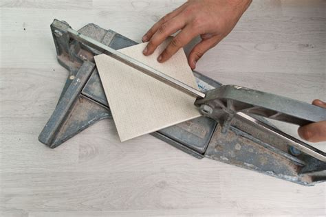 how to cut ceramic tile how to cut ceramic tile howtospecialist how to build