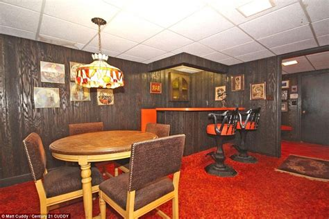 1970s Home Bar by Kitsch House Hasn T Changed In 47 Years Up For Sale With