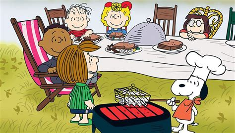 charlie brown thanksgiving table 10 things you never knew about 39 a charlie brown thanksgiving 39
