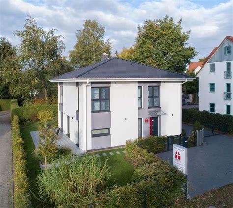 Danwood Haus Dresden by Dan Wood Brave 176 Dan Wood House Anbieter