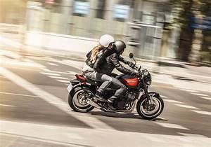Kawasaki Z900rs 2018 : 2018 kawasaki z900rs se review total motorcycle ~ Medecine-chirurgie-esthetiques.com Avis de Voitures