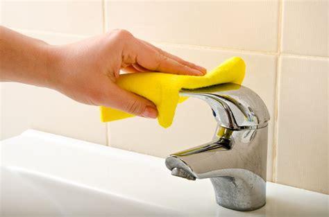 comment nettoyer ou changer les joints de salle de bain