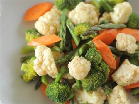 how to steam cauliflower steamed vegetables with sesame chile oil recipe daphne brogdon food network
