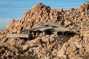 Maison Spectaculaire Dans Le D U00e9sert