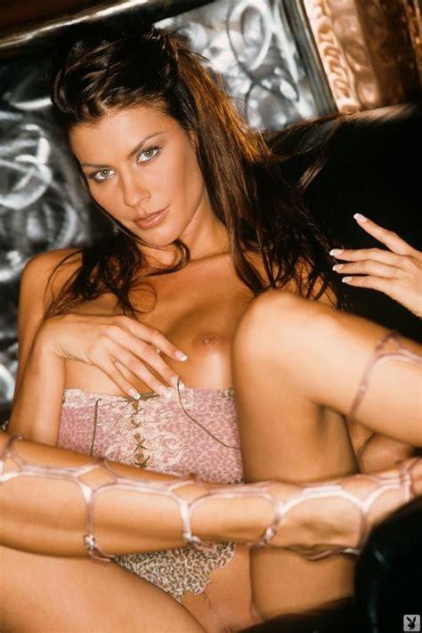 Krista Kelly Shows Her Big Tits Pichunter