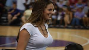 Index of /wp-content/slideshow/2013/01/20-hottest-female ...