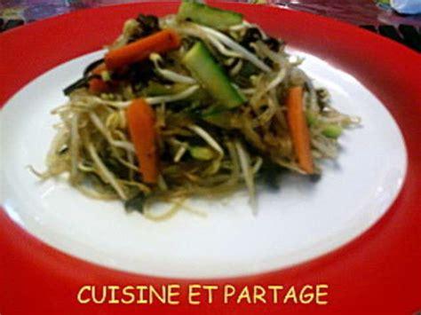 cuisine partag馥 recettes de poelee vermicelles et soja