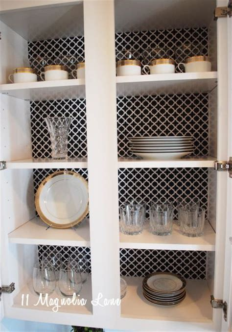 shelving paper kitchen cabinets 17 best ideas about shelf paper on wire 5187