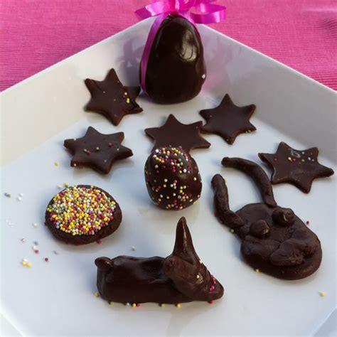 activit 233 s manuelles p 226 te 224 modeler au chocolat fr hellokids