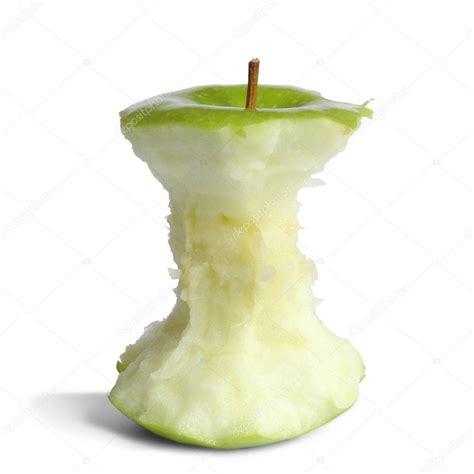 Pomme fraîche isolée sur fond blanc découpée ...