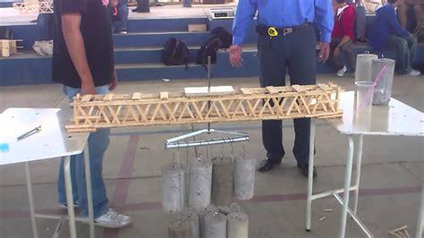 puente de palitos de helado popsicle sticks bridge