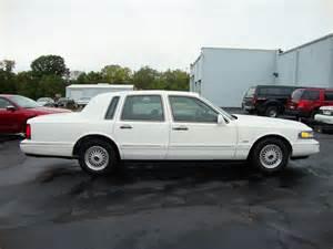 1995 Lincoln Town Car Signature