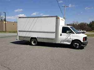 Purchase Used 1999 Gmc 15 U0026 39  Box Truck 3500 Base Cutaway Van