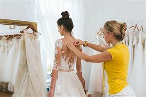 How to find the right wedding dress for your body type for Wedding dress for your body type