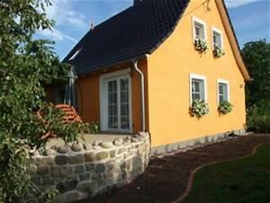 Terrasse Am Haus : terrasse balkon 39 terrasse am haus und deko 39 b e a zimmerschau ~ Indierocktalk.com Haus und Dekorationen